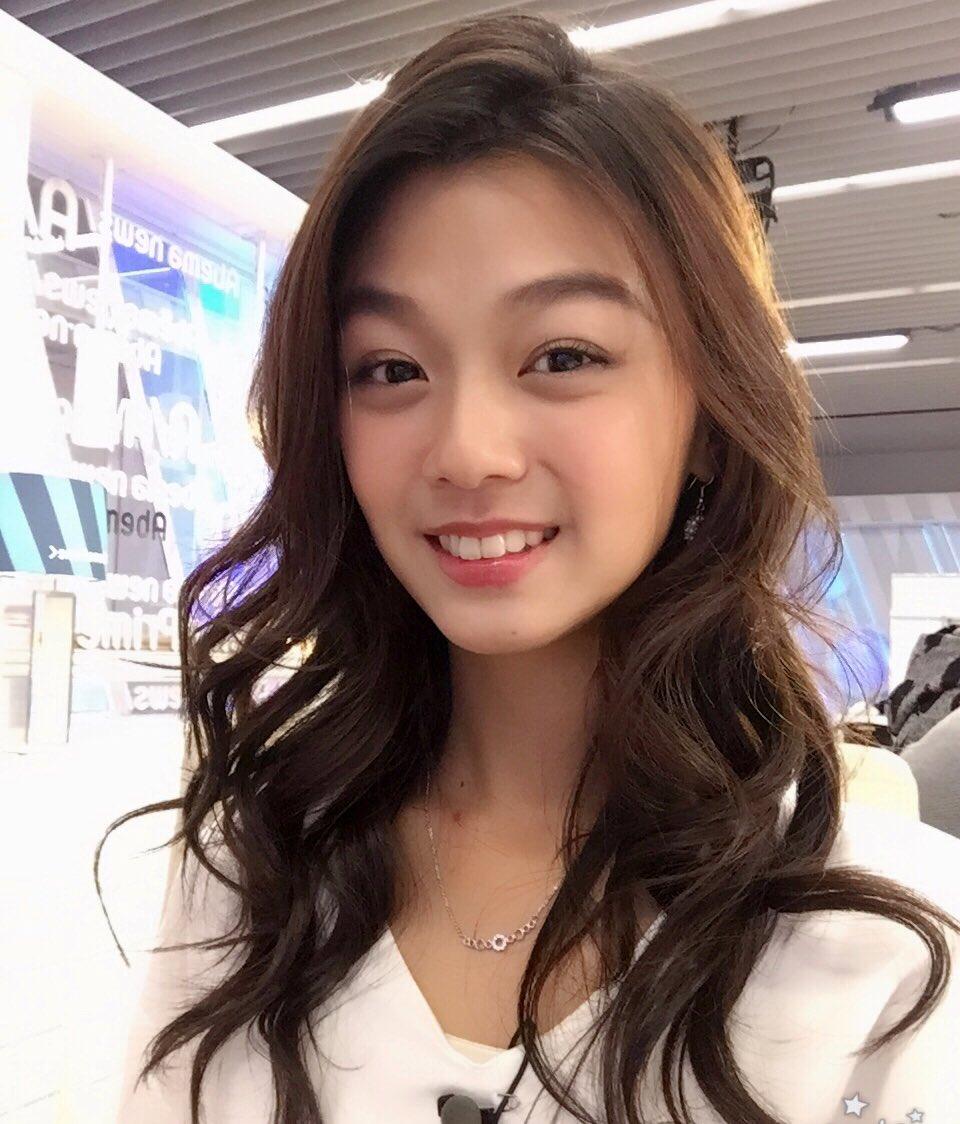 アイリスはマレーシア人歌手でwikiは?かわいい画像と変顔や曲も気になる